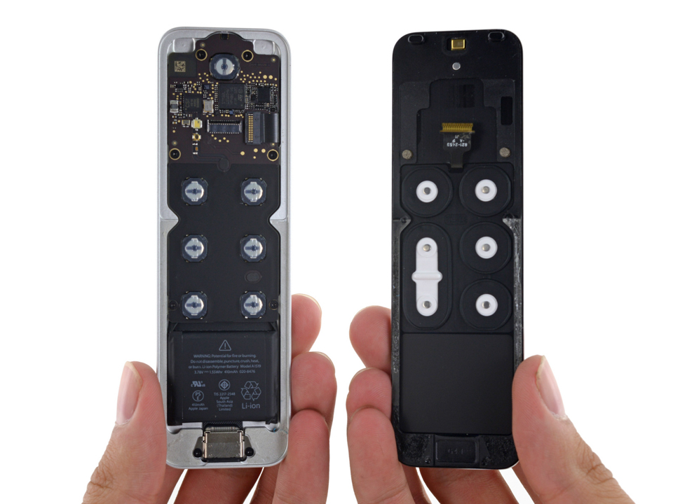 Ben_trong_Apple_TV_moi_remote_touchpad_16.